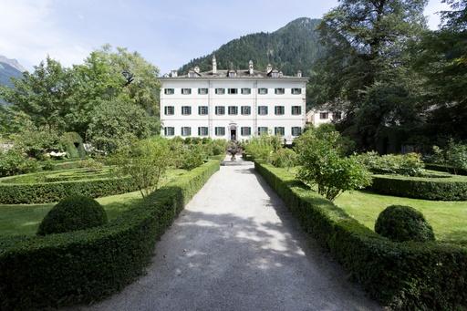 Palazzo Salis, Bondo